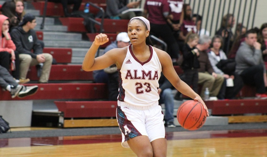 Freshmen Lead Women's Basketball To High Scoring Victory