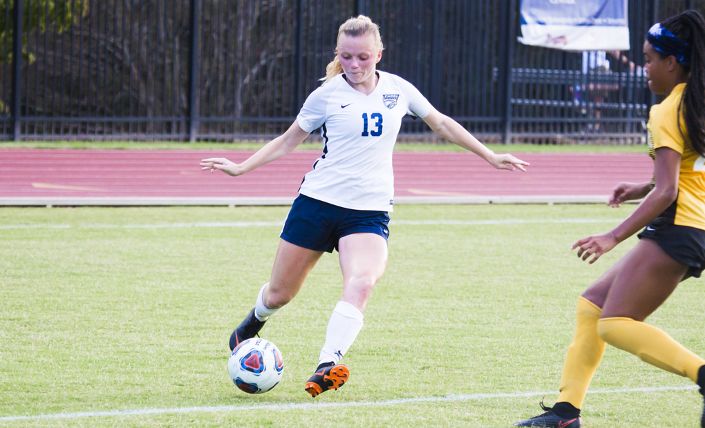 Women's Soccer Falls on the Road at No.-4 Christopher Newport
