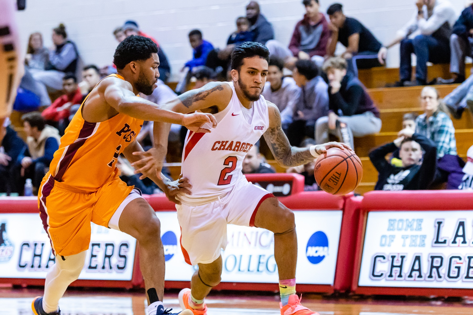 LIGHTNING RALLY TO UPEND MEN'S BASKETBALL