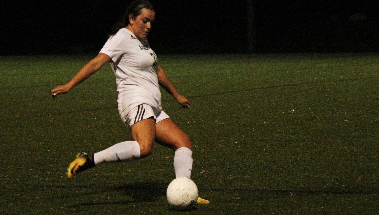 Lynx Fall to Bates, 2-1 in Non-Conference Action