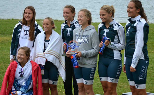Women's Triathlon Finishes Second at Central Regional Qualifier