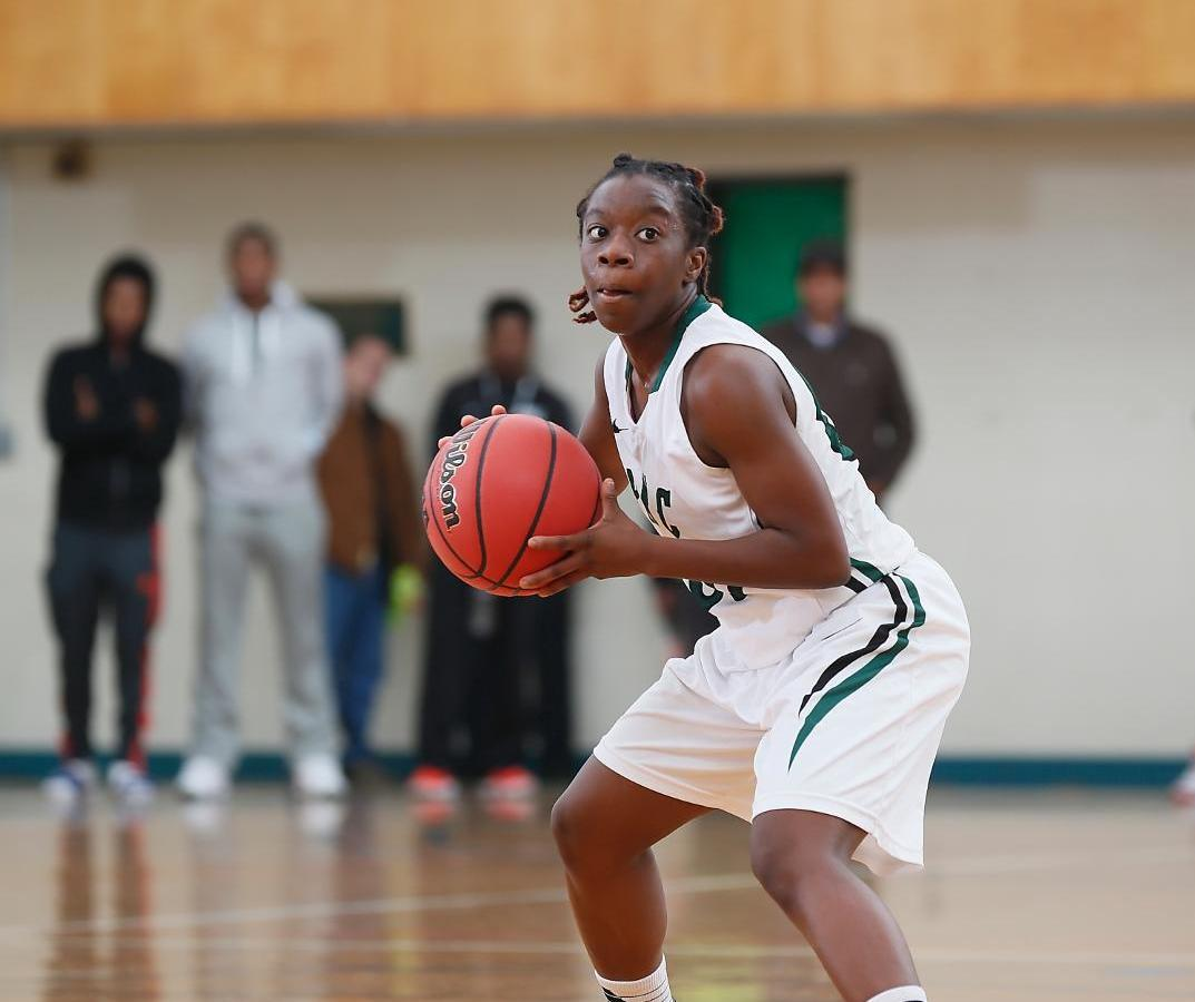 Women's Basketball team defeats UMA