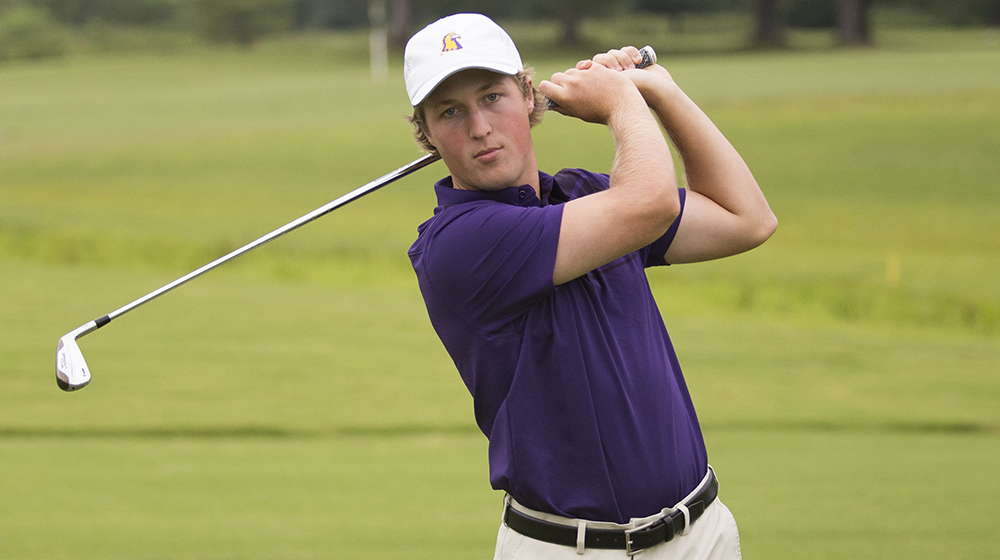 Men's golf back in action at Hummingbird Intercollegiate Monday and Tuesday