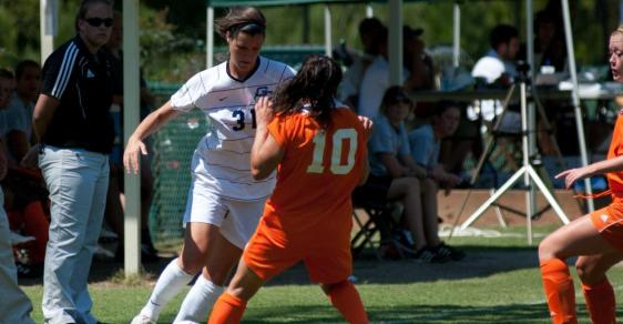 Bobcats Clinch Playoff Spot With Six-Goal Outburst