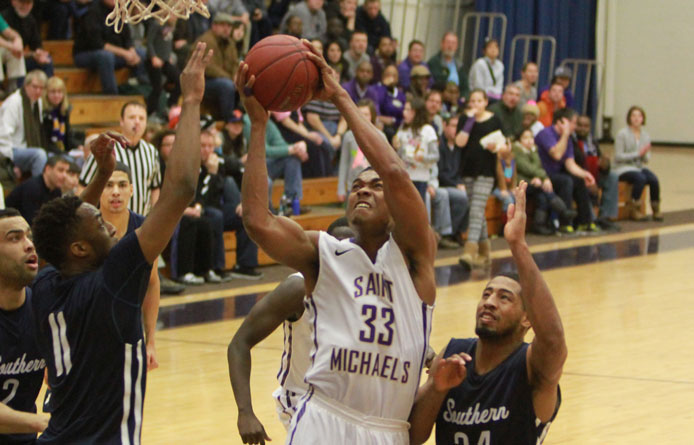 Men's basketball clinches postseason berth behind Thompson's second-half surge