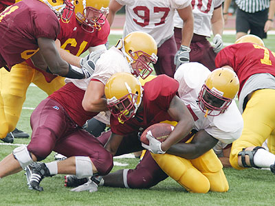 The defense comes up with a stop in FSU's final preseason scrimmage (Photo courtesy Zeke Jennings - Big Rapids Pioneer)