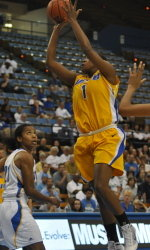 Gauchos Open Conference Play at Long Beach on Thursday