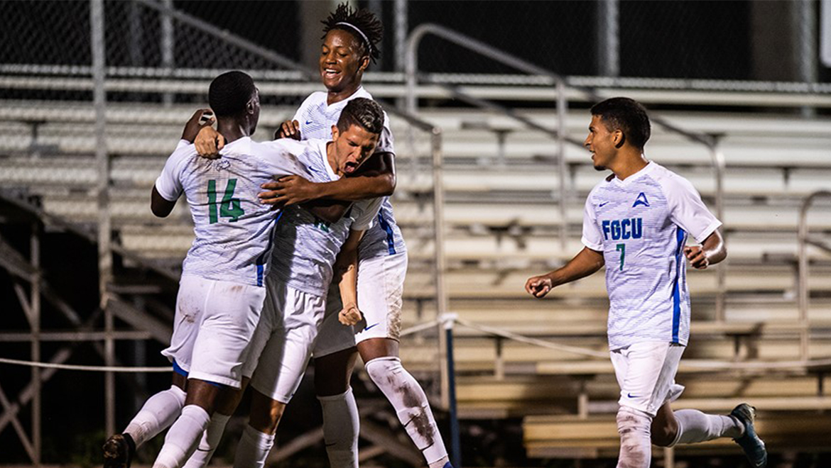 Perez's first half goal leads FGCU past #17 Charlotte, 1-0