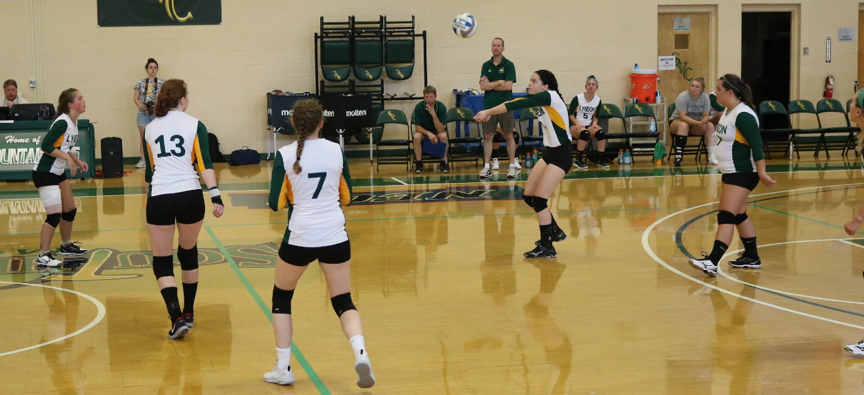 Hornets drop two to Badgers at Vermont Volleyball Classic