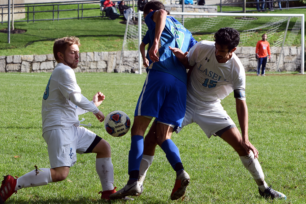 Lasell Men's Soccer shut out by Salve Regina