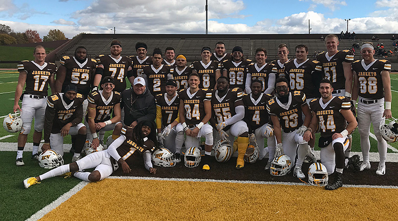 Baldwin Wallace seniors on senior day. (Baldwin Wallace athletics photo)
