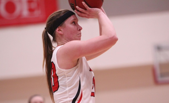 Women's Basketball Cruises Past Marian 65-48