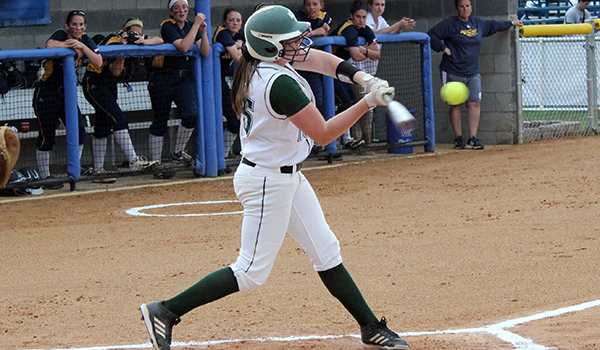 Wilmington Softball Hits its Way to Sweep in Florida over Assumption and Lewis