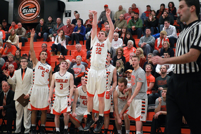Kahlig Lifts Oilers to 71-67 OT Win at Wayne St.