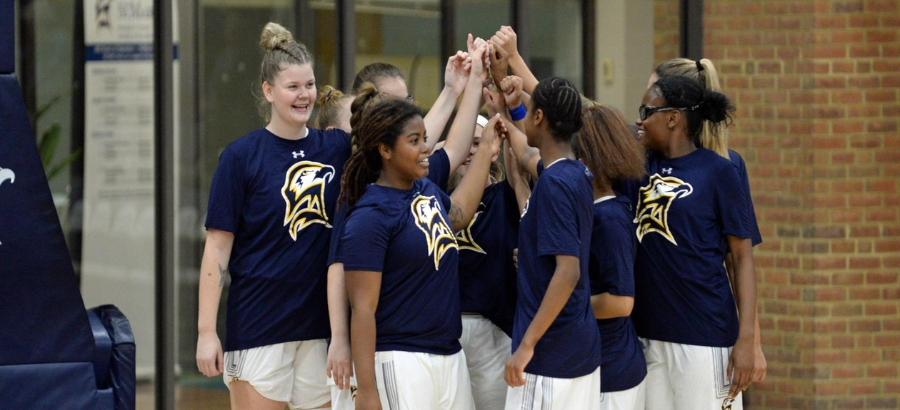 Women's Basketball Prevails Over Mary Washington in Defensive Battle