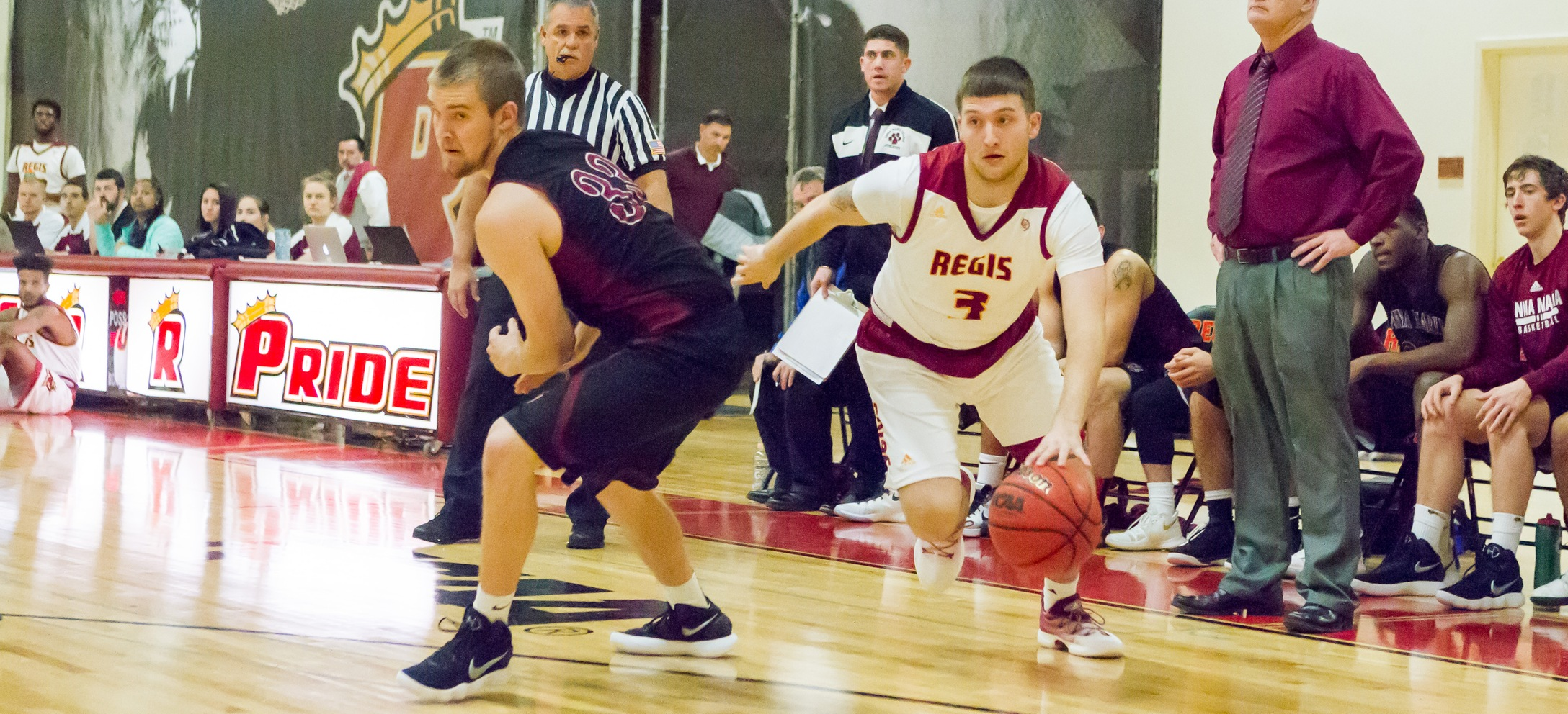 Men's Basketball Too Much For Anna Maria In GNAC Opener