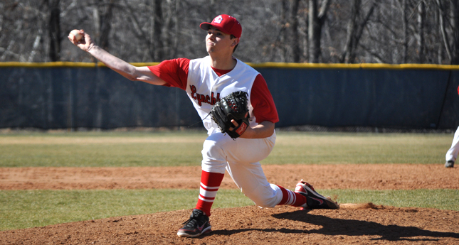 Clutch Hitting, Bullpen Close Out Doubleheader Sweep for LC