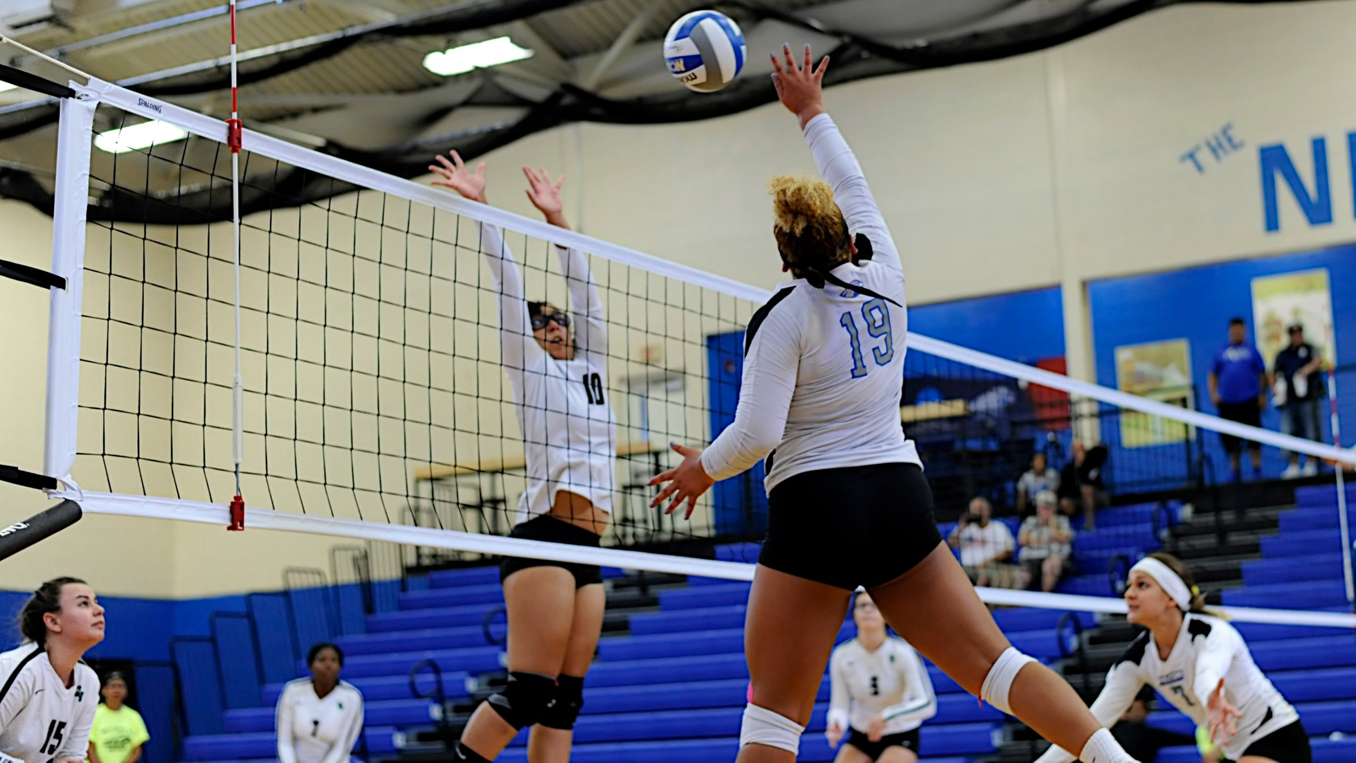 Women's Volleyball Suffers 3-0 Setback Against Johnson & Wales