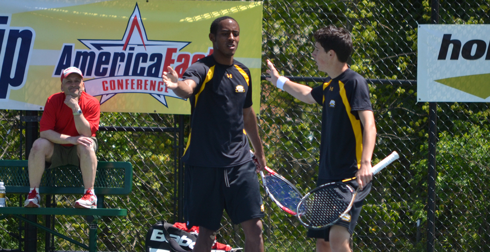 Men's Tennis Works Late to Blank Temple, 7-0