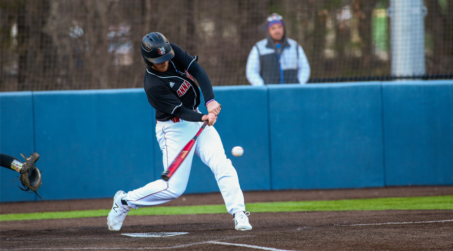Baseball Drops a Pair of Games to JWU