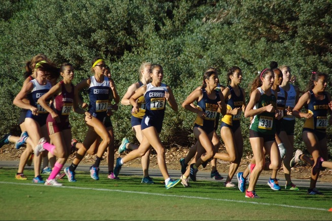 Women's cross country runs at the Triton Classic