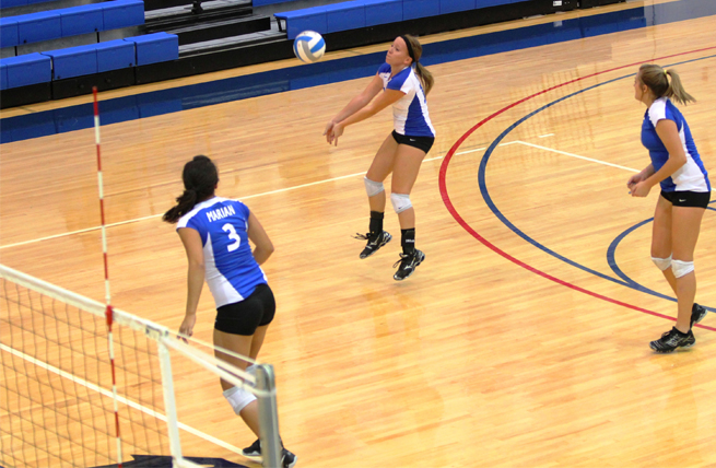Volleyball Sweeps Ripon Triangular