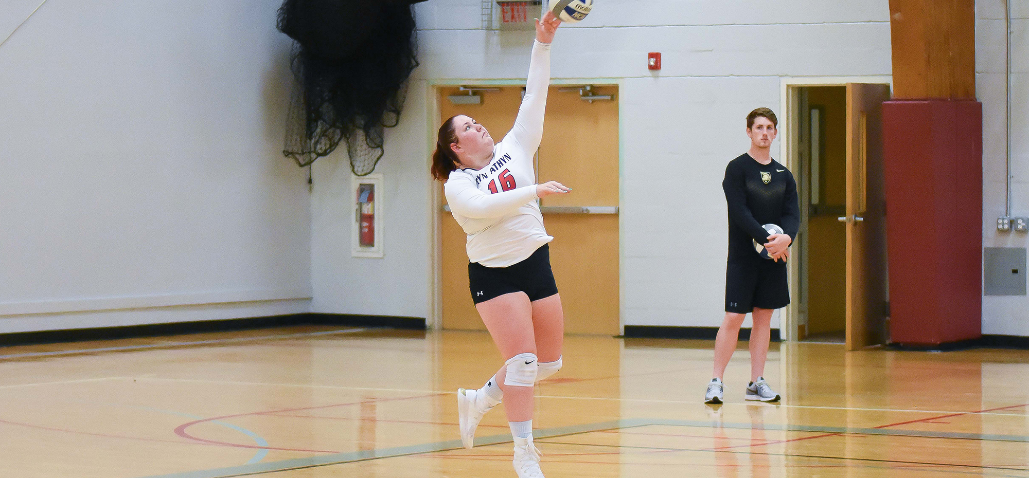 Volleyball swept by host Notre Dame (Md.), 3-0