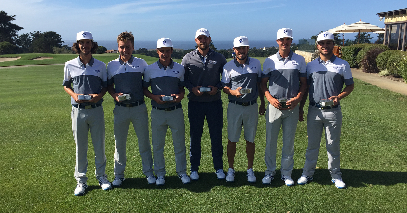 Men's Golf Otter Get a Bigger Trophy Case