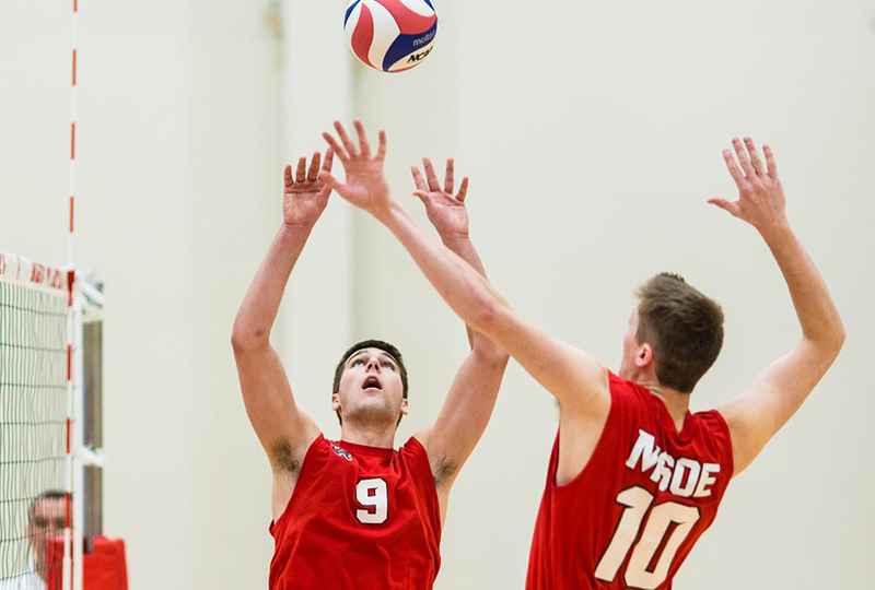 MSOE's Quin Krisik sets Brian Jones.