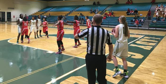 Lady Gators edged by Glynn 31-24
