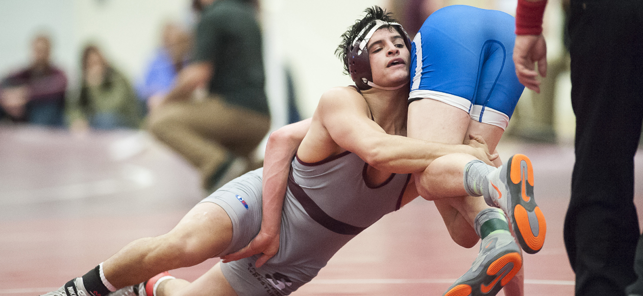 Medina and Burgos Lead Wrestling To Fifth-Place Finish at Petrofes Invitational