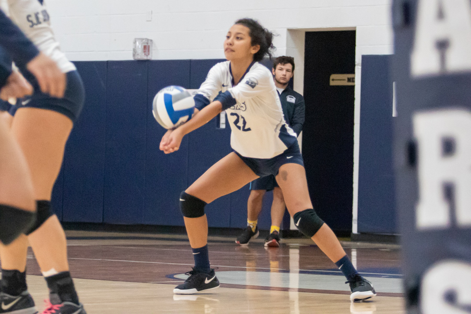 Women's Volleyball Tripped Up at Home by CCNY