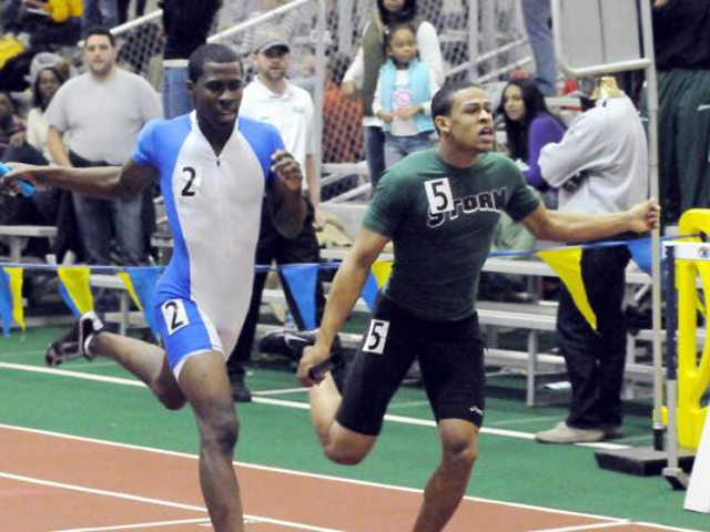 Burrows Sprints to 400 Provo, Men's 4x400 Team Moves Into Top 15 at Kent State Tune-Up