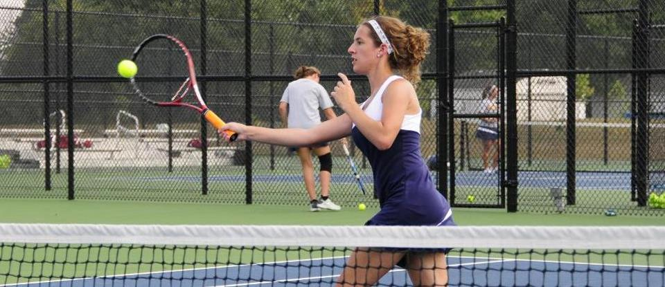 Women's Tennis Keeps Title Hopes Alive in Road Win at Transylvania