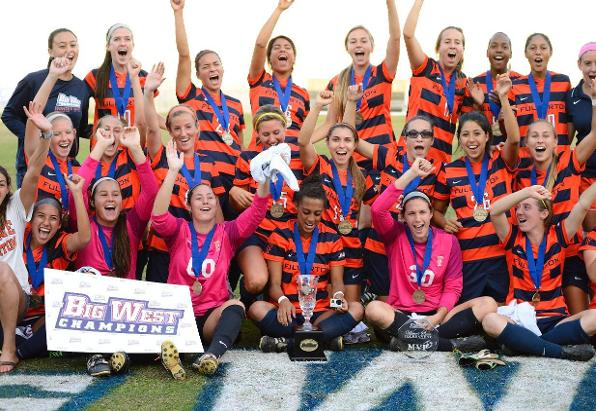 Women's Soccer Hosts Annual Banquet on Dec. 14