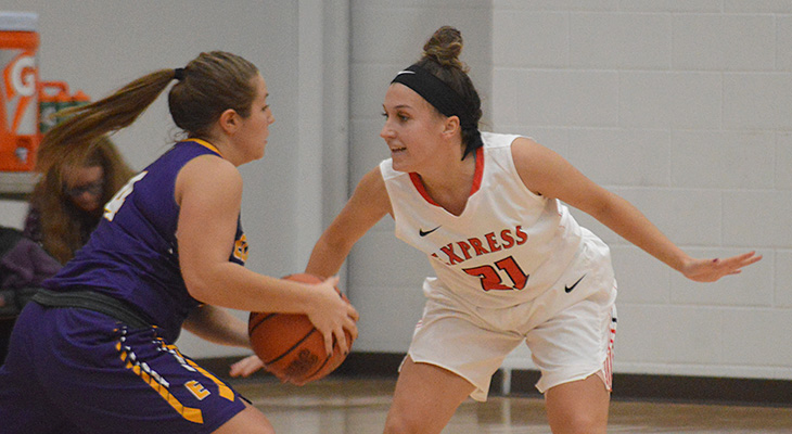Undefeated Elmira Survives Scare From Wells