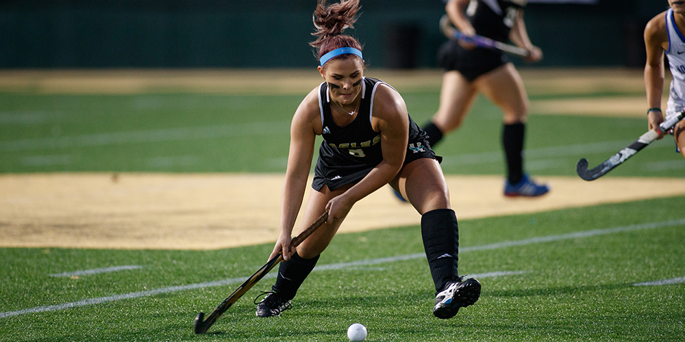 Field Hockey Overpowers Clark (Mass.) in Non-Conference Victory, 3-1
