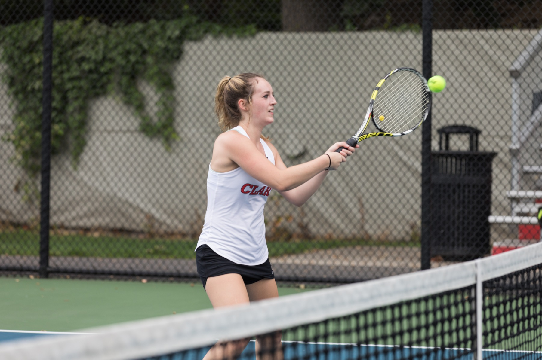 Women's Tennis Drops Close Battle with Lions
