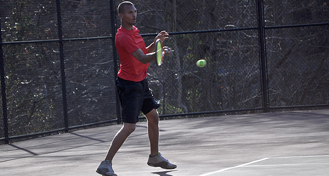 LC Men's Tennis Loses Close One to Southern Virginia 6-3