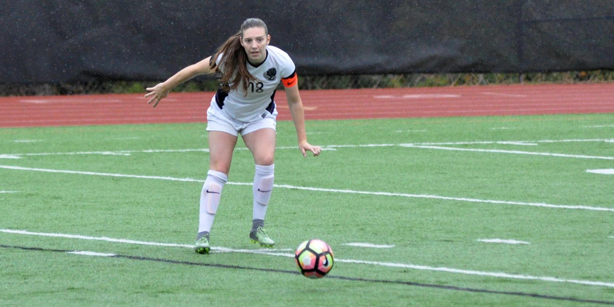 Fikso's header the difference in Lewis & Clark win over Bruins