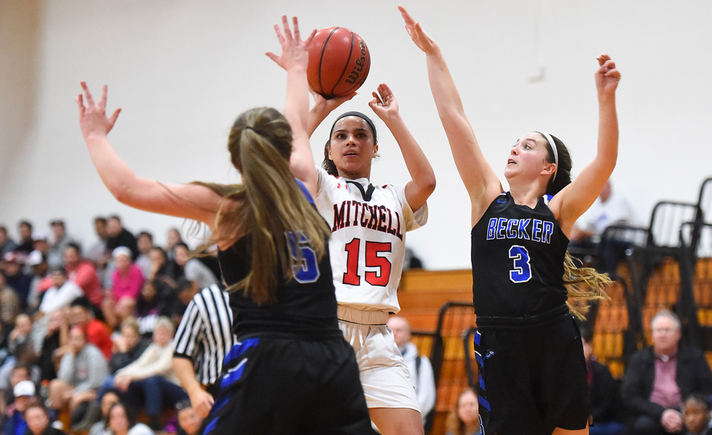 Becker Knocks Out WBB in NECC Semis