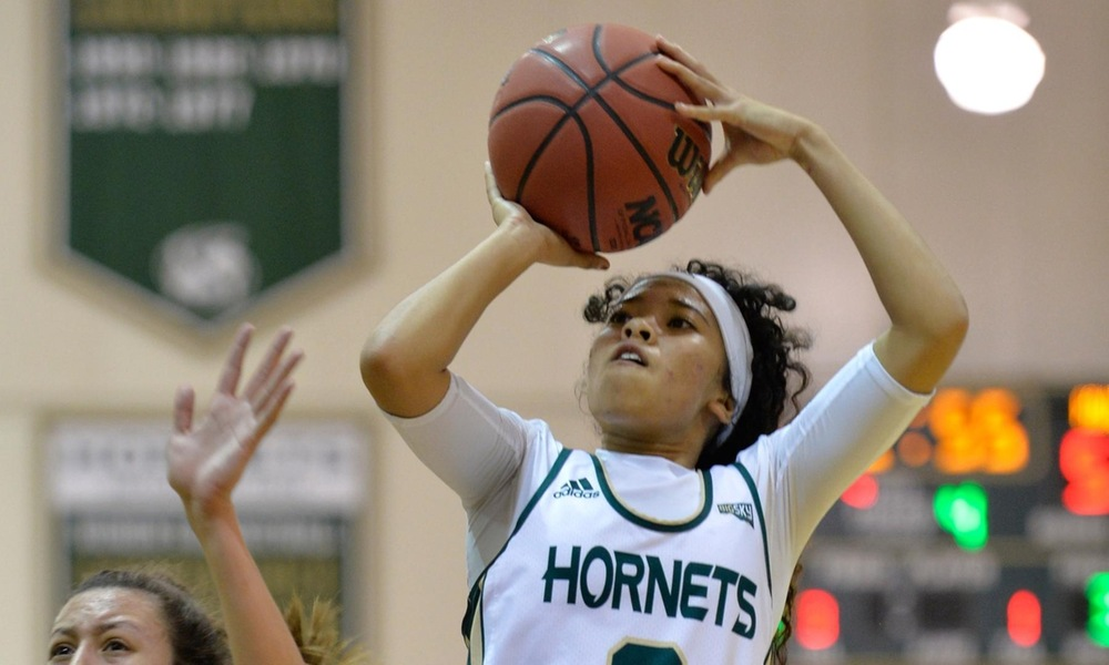 WOMEN'S BASKETBALL HEADS TO GRAND CANYON STATE FOR GAME AGAINST ASU