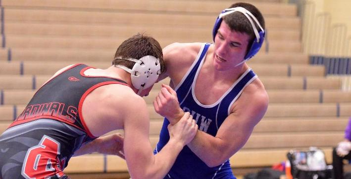 Wrestling drops heartbreaker at Lakeland