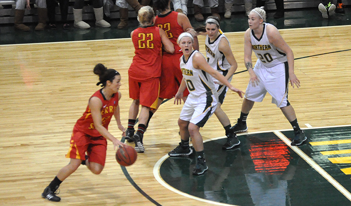 Ferris State Women's Basketball Pulls Off Big GLIAC Road Win