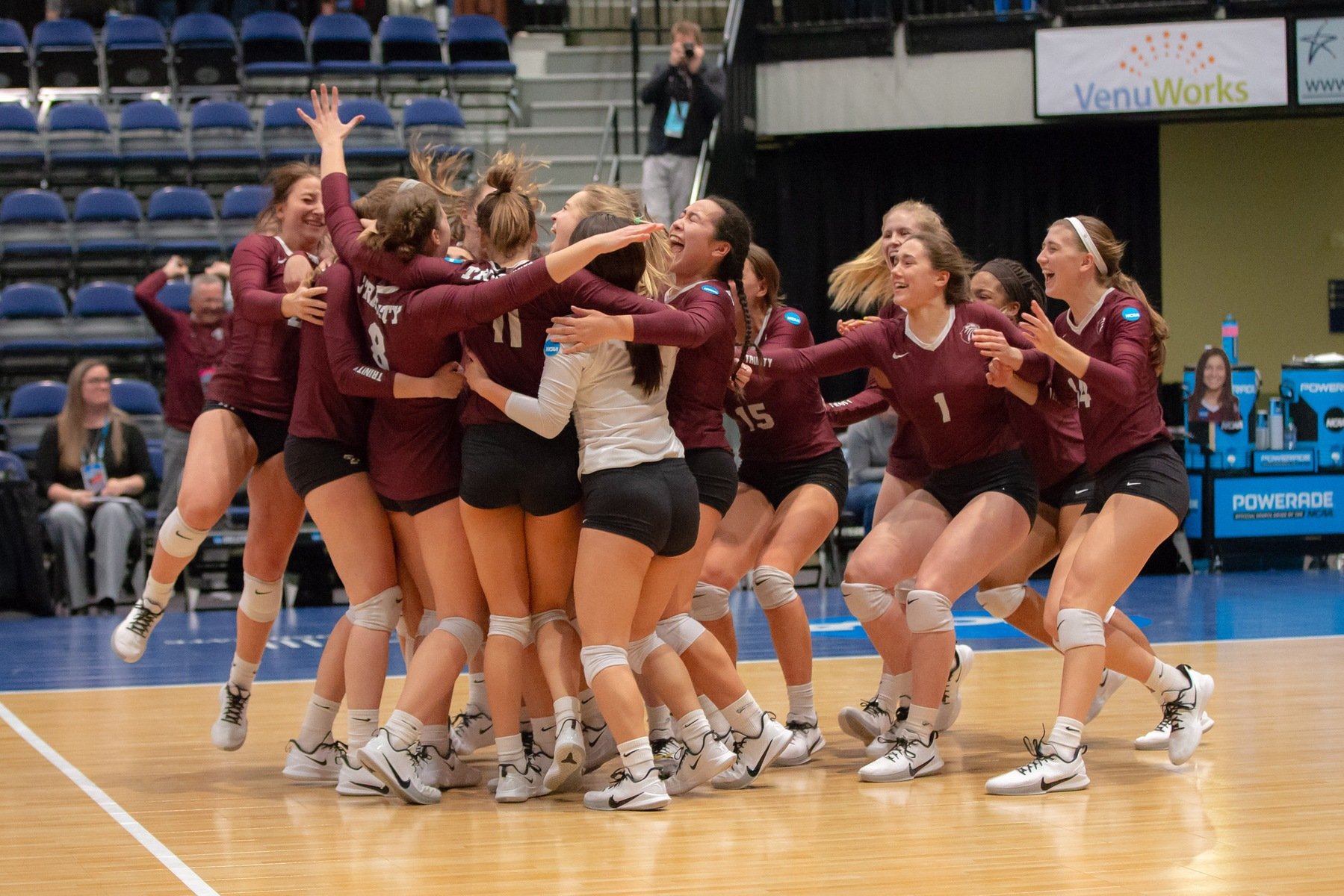 #7 Trinity Reaches NCAA Semifinals With Win Over #3 Calvin