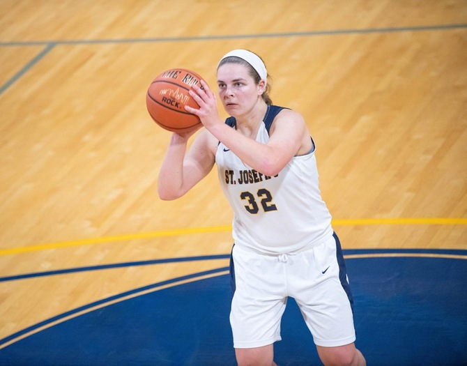 Women's Basketball Drops Skyline Contest at Mt. St. Vincent