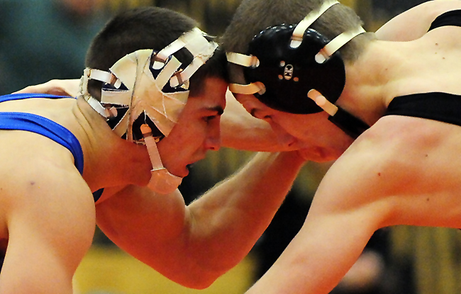 Diplomats Wrestle at Pentagon Duals