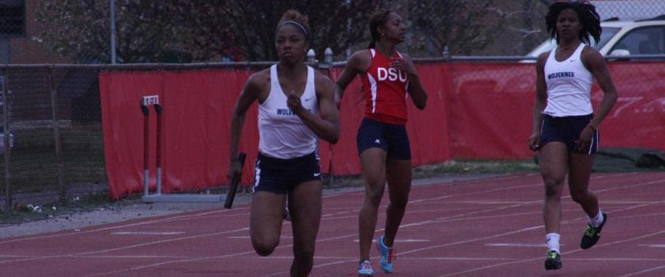 Women's Track Battles Nation's Best at Penn Relays