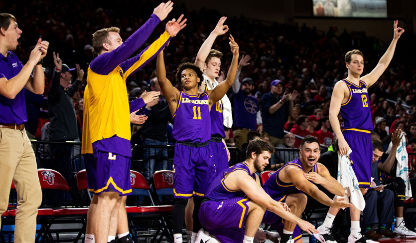 Bisons Alone at Top of @ASUNMBB After 79-59 Victory at Liberty