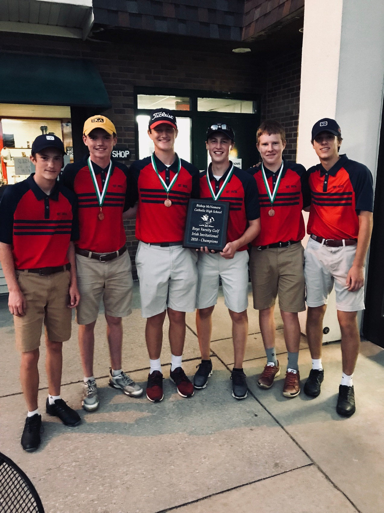 Congrats to Varsity Golf on winning the Bishop Mac Invite!